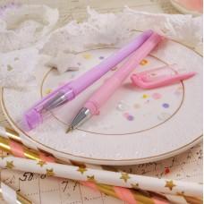 Ручка шариковая с розовым корпусом