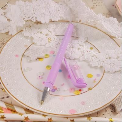 Ручка шариковая с лиловым корпусом
